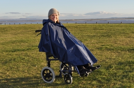 Poncho sans manche avec doublure pour utilisateur de voiturette ou scooter