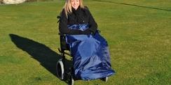 Protection de jambes pour utilisateur de chaise roulante